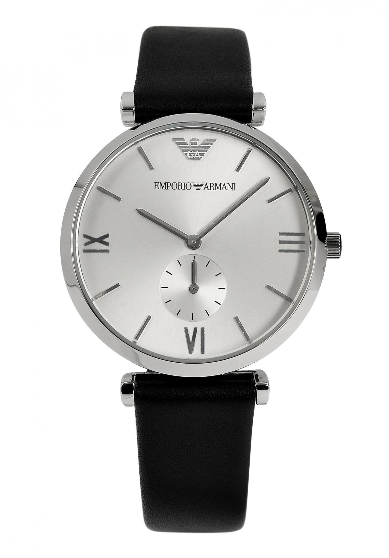 Меня устраивает, что я могу покупать часы в интернет-магазине, потому что это обходиться мне гораздо дешевле, чем, если покупать в простых торговых точках.