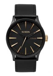 The Sentry Leather Matte Black/Gold Herrenuhr (A1051041)