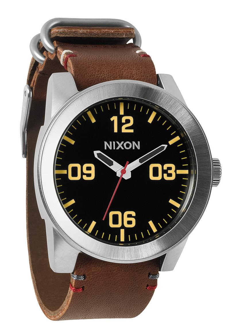 Nixon The Corporal Black / Brown