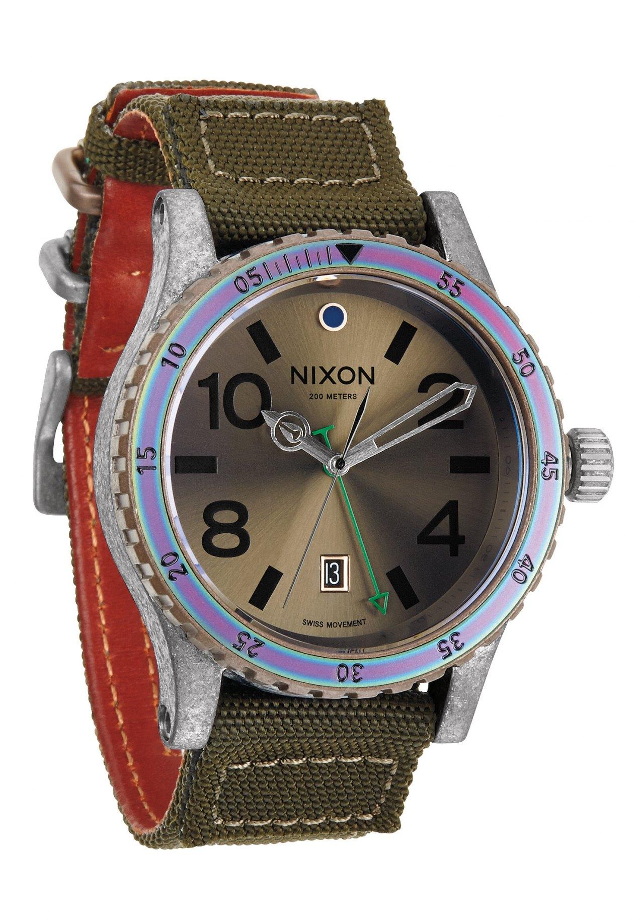 Nixon The Diplomat Surplus / Antique Silver