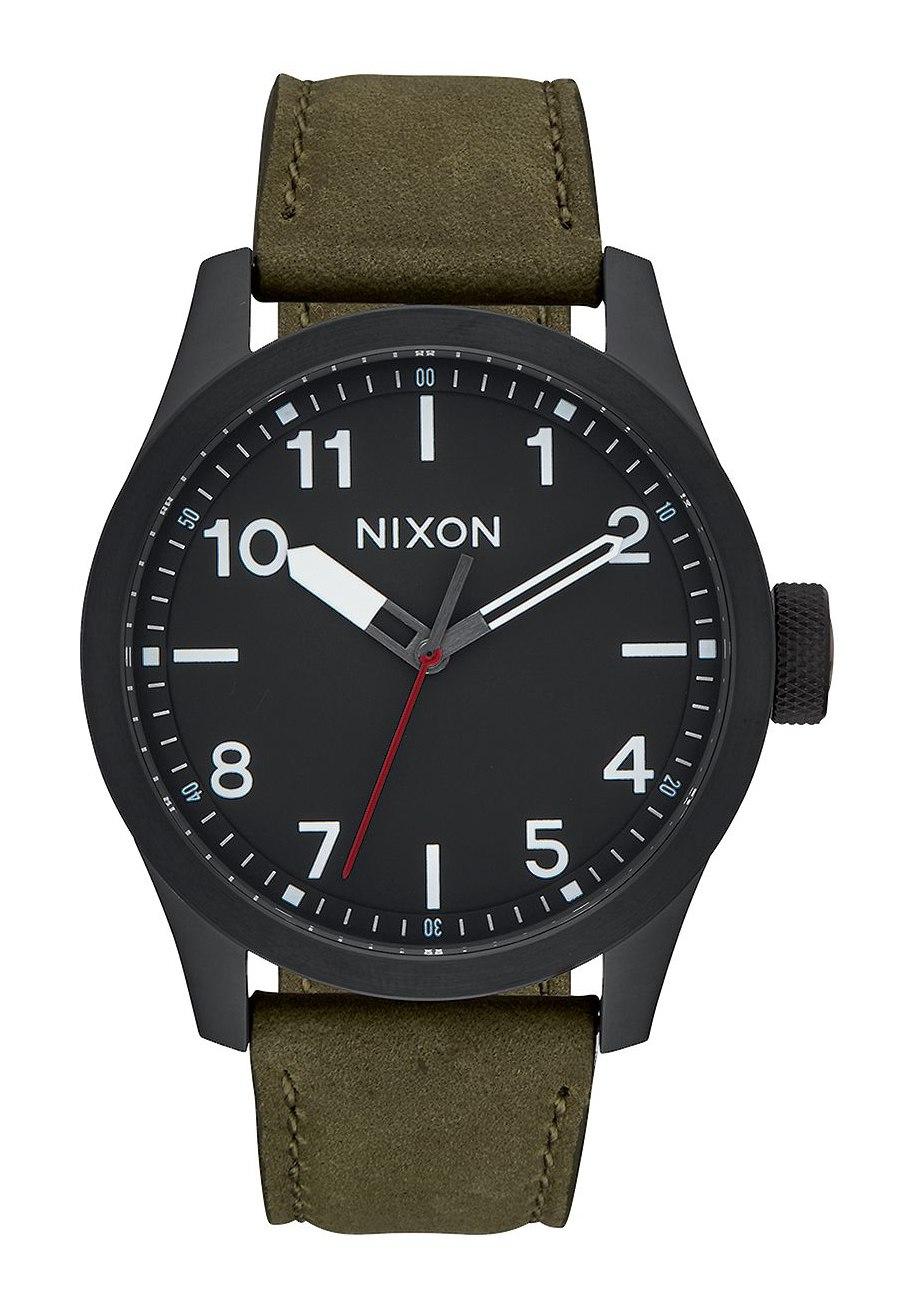 Nixon The Safari Leather All Black / Surplus